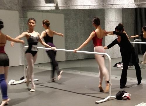 アダージォをアダージォに踊る バレエ用語編